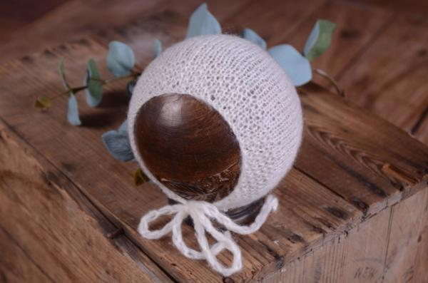 White smooth mohair hat